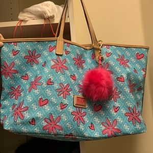 Guess blue and pink tote bag! 🌸🎀🎀🌺